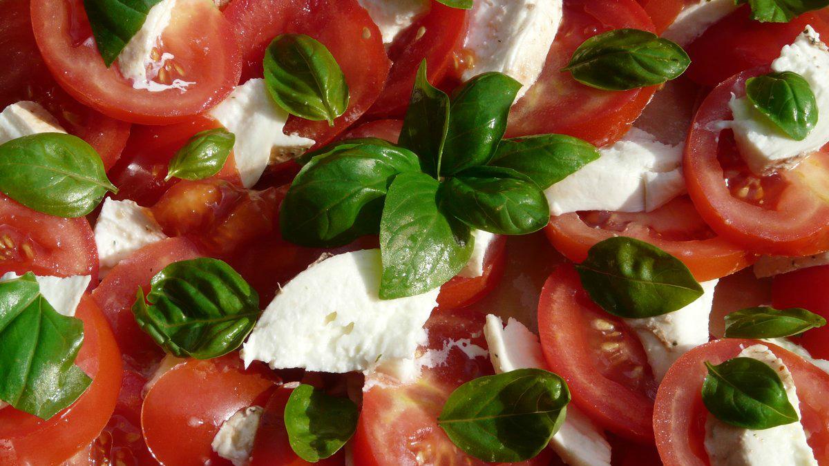 receta saludable de tomate y queso